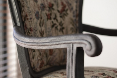 liquid_iron_chair_05